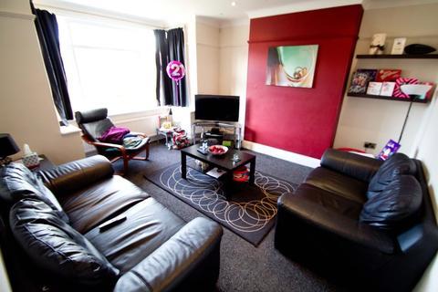 4 bedroom house to rent - Headingley Mount, Headingley, LS6 3EW