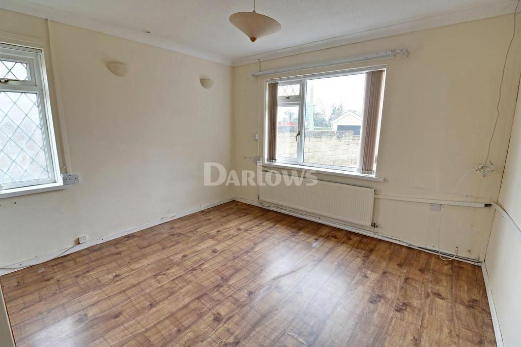 3 Bedrooms Bungalow for sale in Hospital Road, Penpeairheol