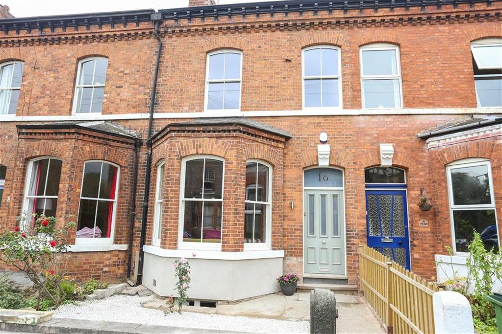 5 Bedrooms Terraced House for sale in Langford Road, Heaton Chapel
