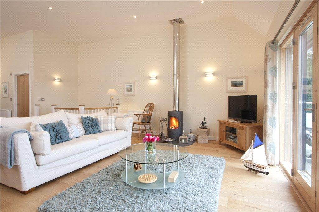 3 Bedrooms House for sale in The Bay, Talland Bay, Nr Looe, Cornwall