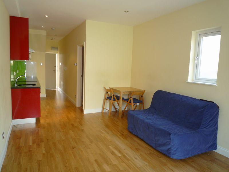 Studio Flat for sale in West Hendon Broadway, West Hendon, LONDON NW9