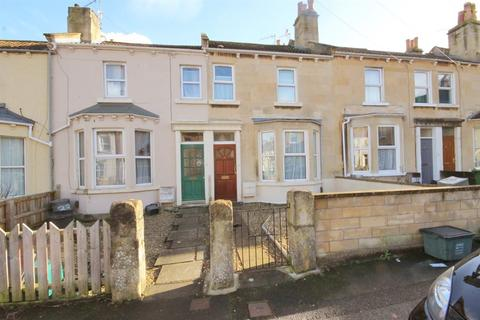 5 bedroom house to rent - Lorne Road