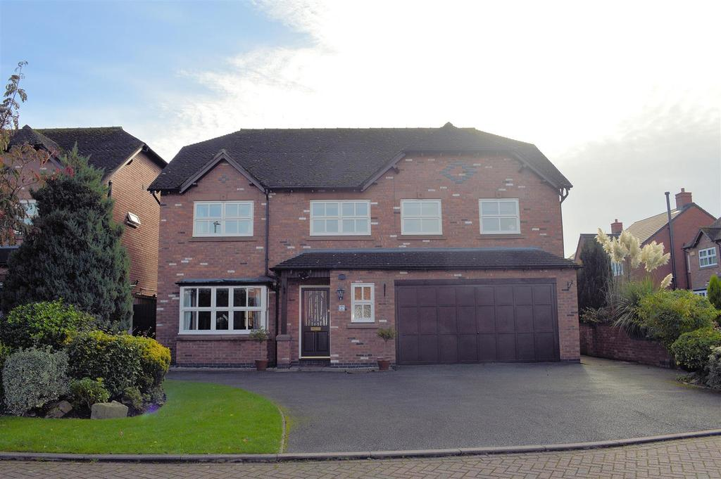 5 Bedrooms Detached House for sale in Hollyfields, Winterley, Sandbach