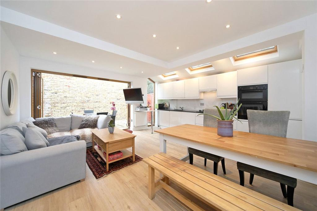 3 Bedrooms Apartment Flat for sale in Colehill Lane, London, SW6