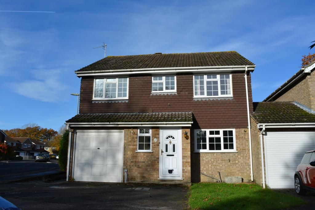 4 Bedrooms House for sale in Tangway, Chineham