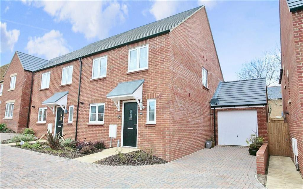 4 Bedrooms Semi Detached House for sale in Golby Road, Bloxham