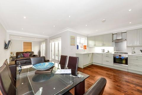 3 bedroom flat for sale - The Grove, London, W5