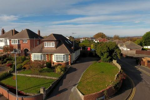 6 bedroom detached bungalow for sale - Lake Road, Hamworthy, Poole, BH15 4LH