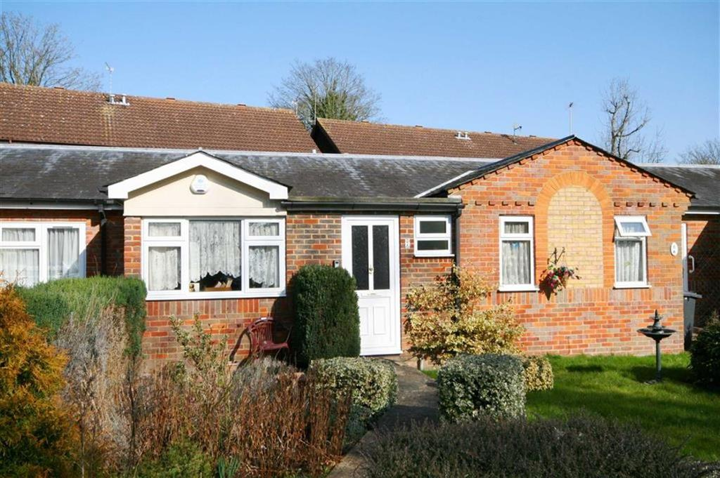 1 Bedroom Terraced Bungalow for sale in Gatehouse Mews, Buntingford