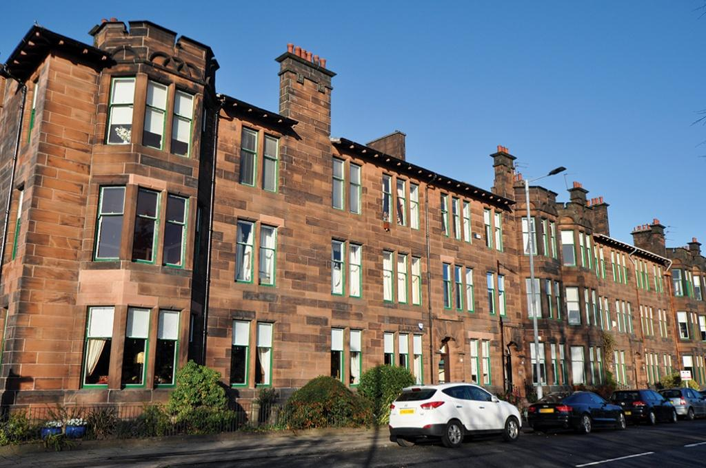 4 Bedrooms Flat for sale in 2/1, 54 Darnley Road, Pollokshields, G41 4NE