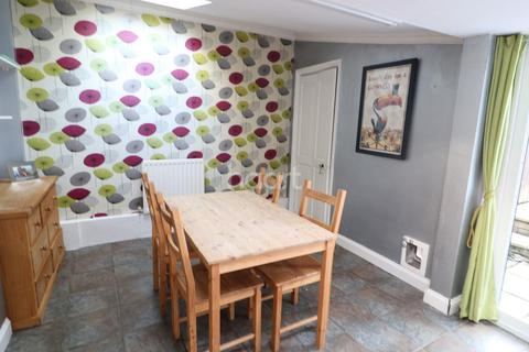 2 bedroom terraced house for sale - Nags Head Hill St. George Bristol