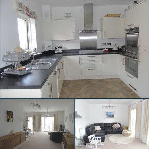 4 bedroom townhouse for sale - Marina Villas, Marina, Swansea
