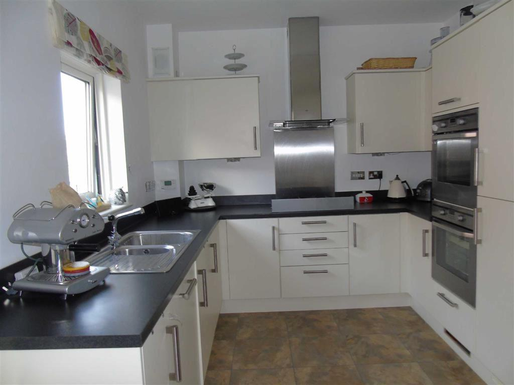 4 Bedrooms Town House for sale in Marina Villas, Marina, Swansea