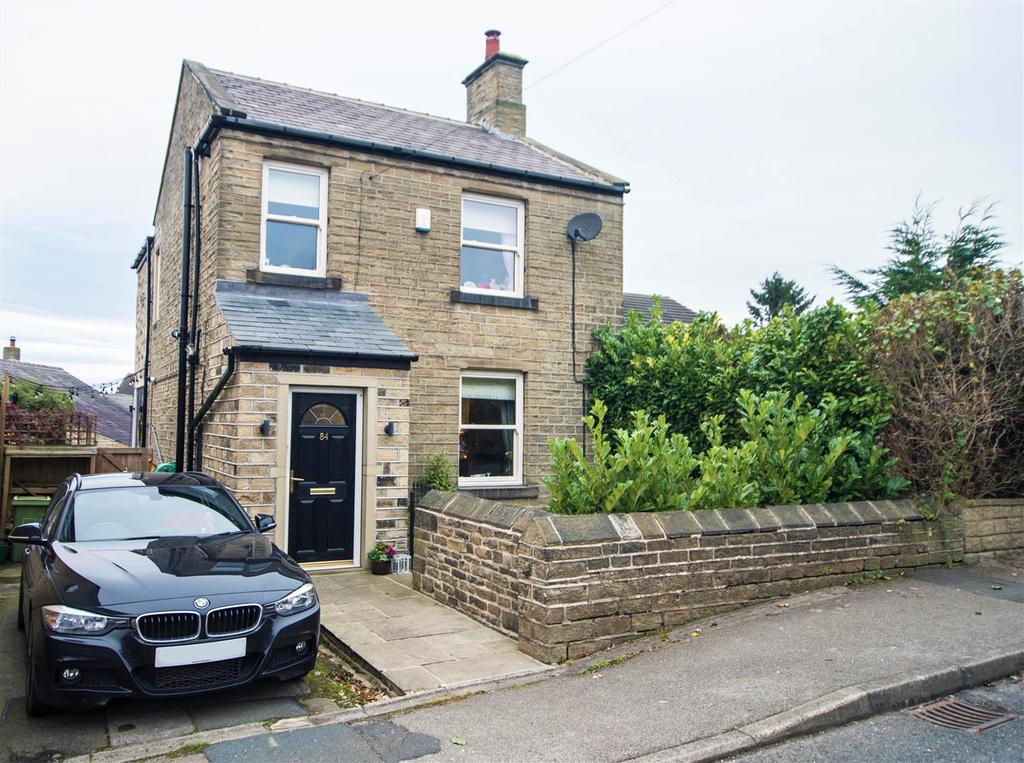 3 Bedrooms Detached House for sale in Huddersfield Road, Shelley, Huddersfield, HD8 8HE