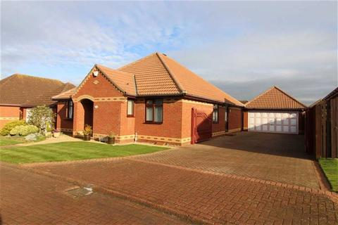 3 bedroom detached bungalow for sale - South Rise, Skidby