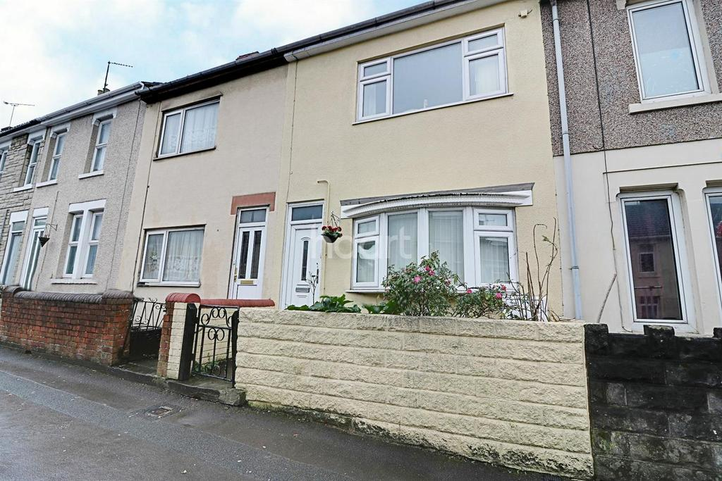 2 Bedrooms Terraced House for sale in Crombey Street, Swindon, Wiltshire