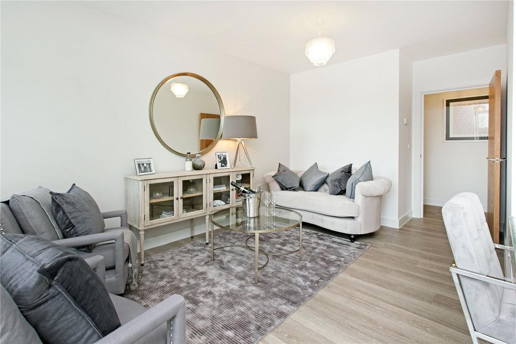 2 Bedrooms Flat for sale in 13 St Catherine's Court, Bradbourne Vale Road, Sevenoaks, Kent, TN13