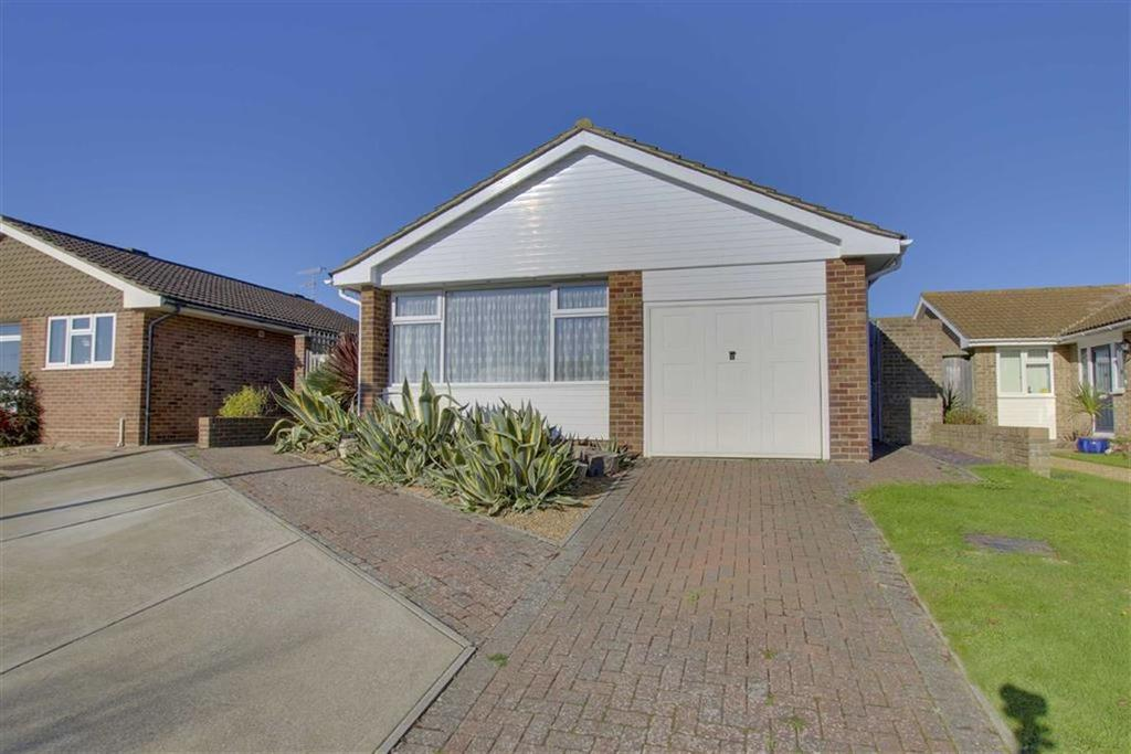 3 Bedrooms Detached Bungalow for sale in Quarry Lane, Seaford