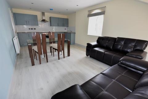 2 bedroom flat to rent - Aire Street, Leeds