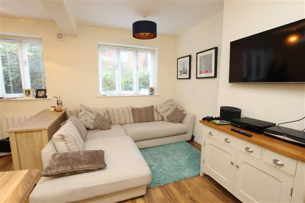 1 Bedroom Terraced House for sale in 54, Market Place, Brackley