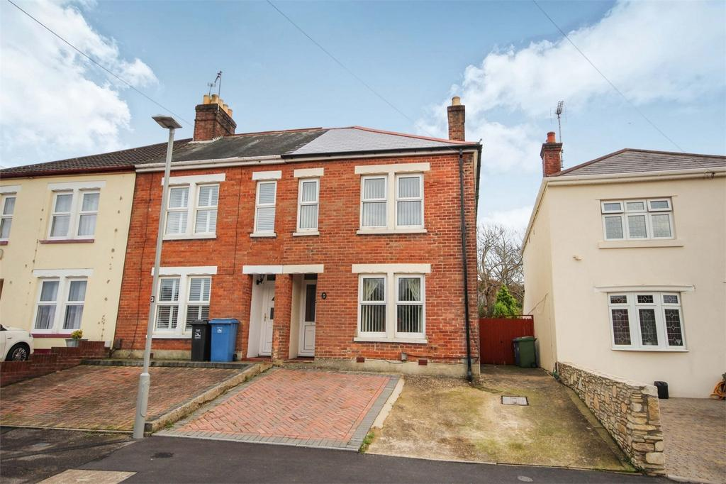 2 Bedrooms End Of Terrace House for sale in Foxholes Road, Oakdale, POOLE, Dorset