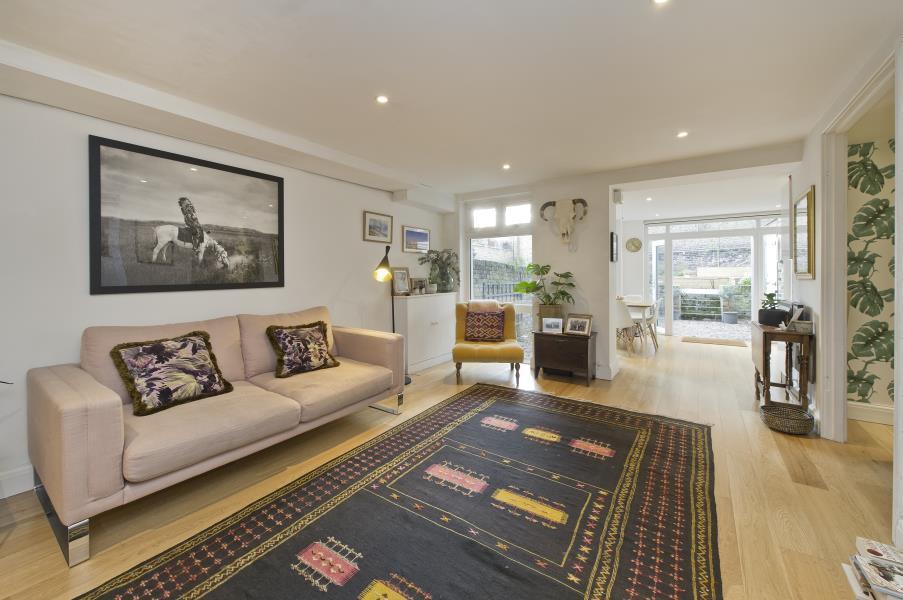 Studio Flat for sale in Blythe Road, Brook Green W14