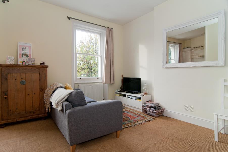1 Bedroom Flat for sale in Richmond Way, Brook Green W14