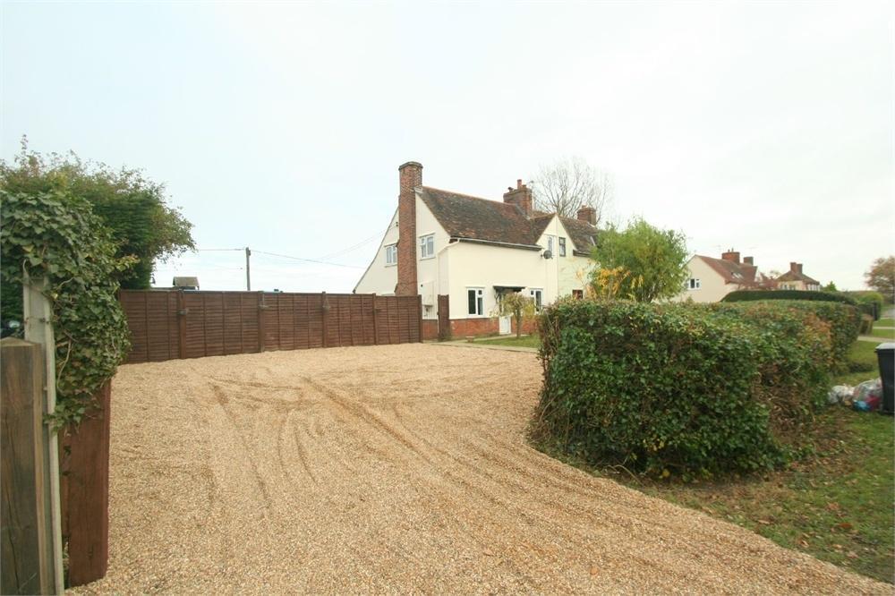 3 Bedrooms Semi Detached House for sale in School Road, Blackmore End, BRAINTREE, Essex