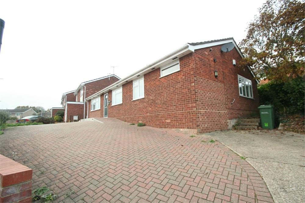 3 Bedrooms Detached House for sale in Kenworthy Road, BRAINTREE, Essex