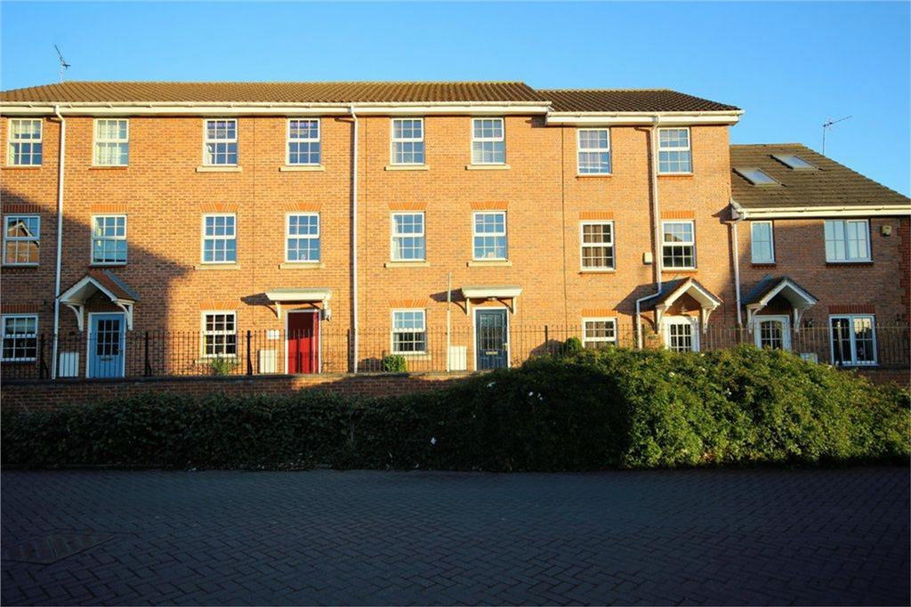 4 Bedrooms Terraced House for sale in Loxley Way, Brough, East Riding of Yorkshire