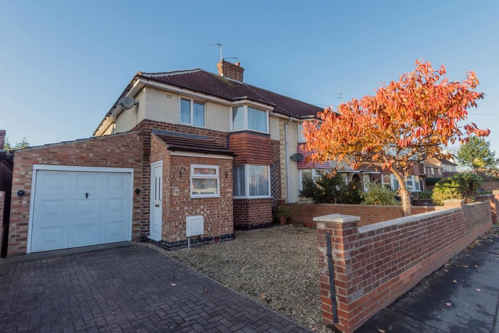 3 Bedrooms End Of Terrace House for sale in Kingsway West, York