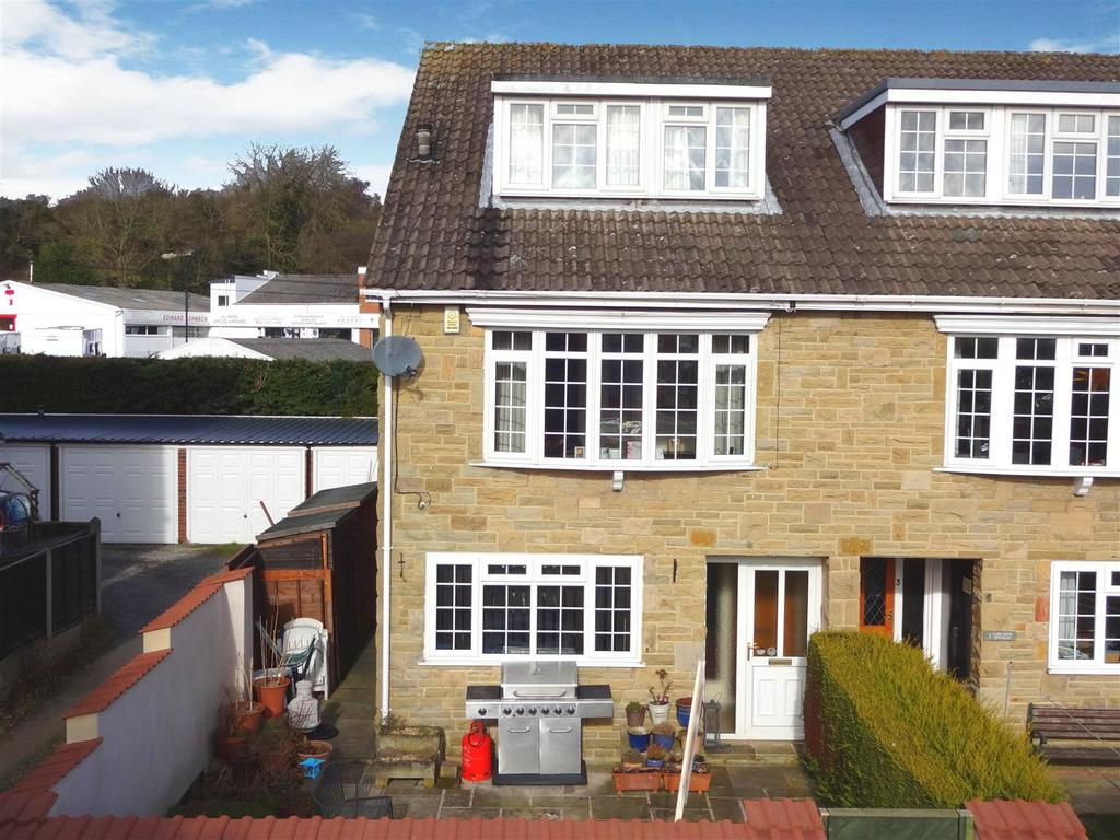 5 Bedrooms House for sale in Carr Bank Bottom, Otley