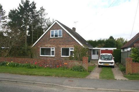 3 bedroom bungalow to rent - Stone Street Lympne Kent