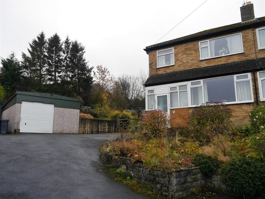 3 Bedrooms Semi Detached Bungalow for sale in Pasture Rise, Clayton, Bradford, BD14 6LX.