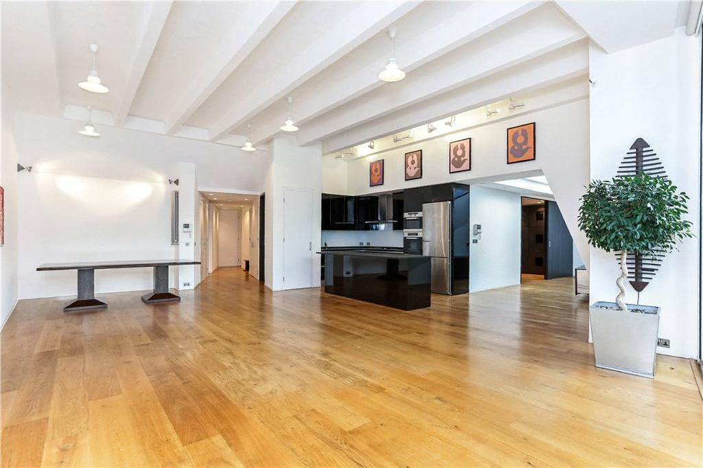 3 Bedrooms Flat for sale in Macklin Street, London, WC2B