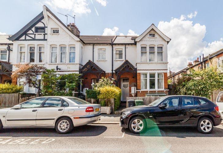 2 Bedrooms Maisonette Flat for sale in Doverfield Road Brixton SW2
