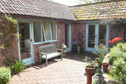 1 bedroom detached bungalow to rent - The Drang, Porlock