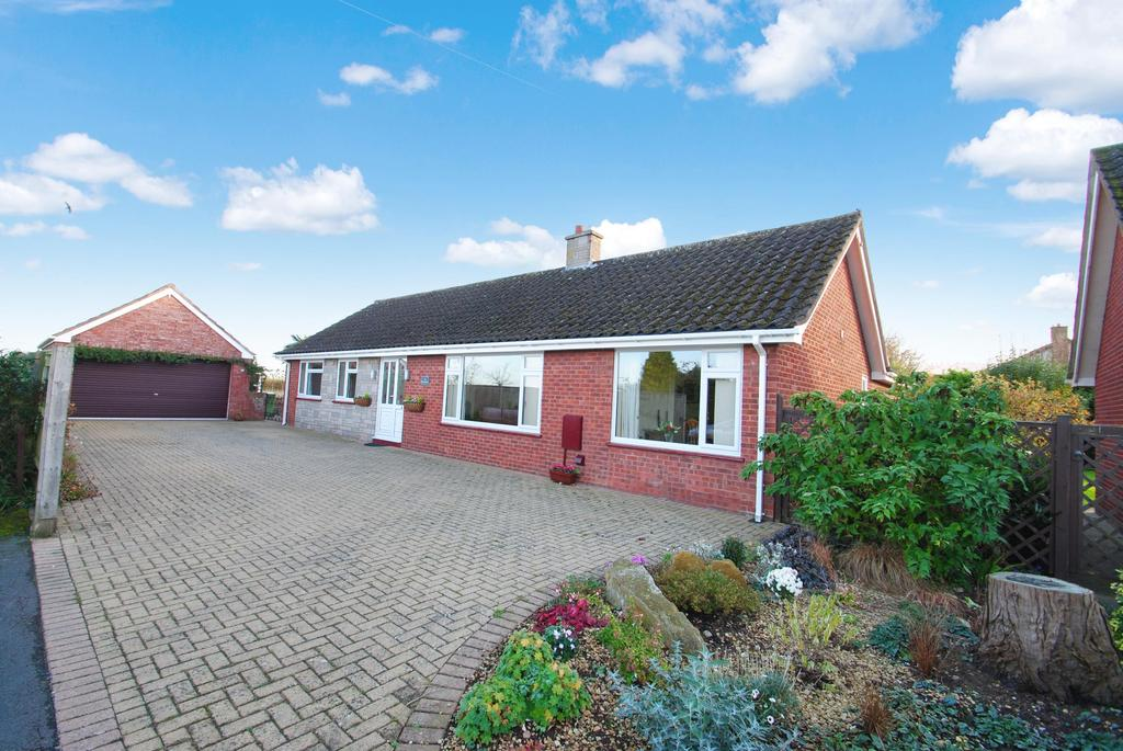 4 Bedrooms Detached Bungalow for sale in Dillons Road, Creech St. Michael