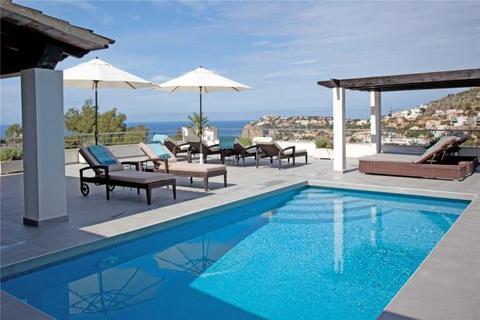 5 bedroom villa  - Villa With Fantastic Sea Views, Cala Llamp, Mallorca