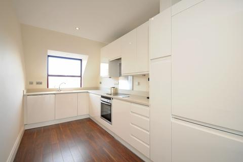 1 bedroom apartment to rent - Harwood Road London SW6