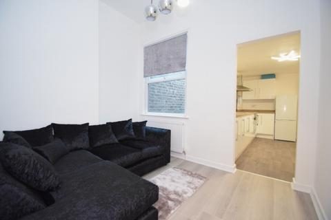 3 bedroom apartment to rent - Northumberland Road Trafford Manchester