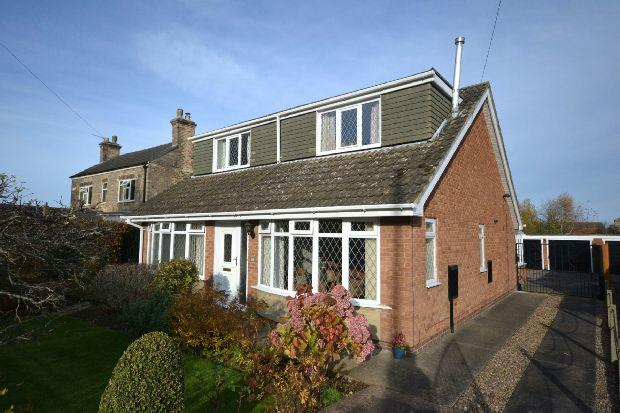 4 Bedrooms Detached Bungalow for sale in Cooper Lane, Laceby, Grimsby