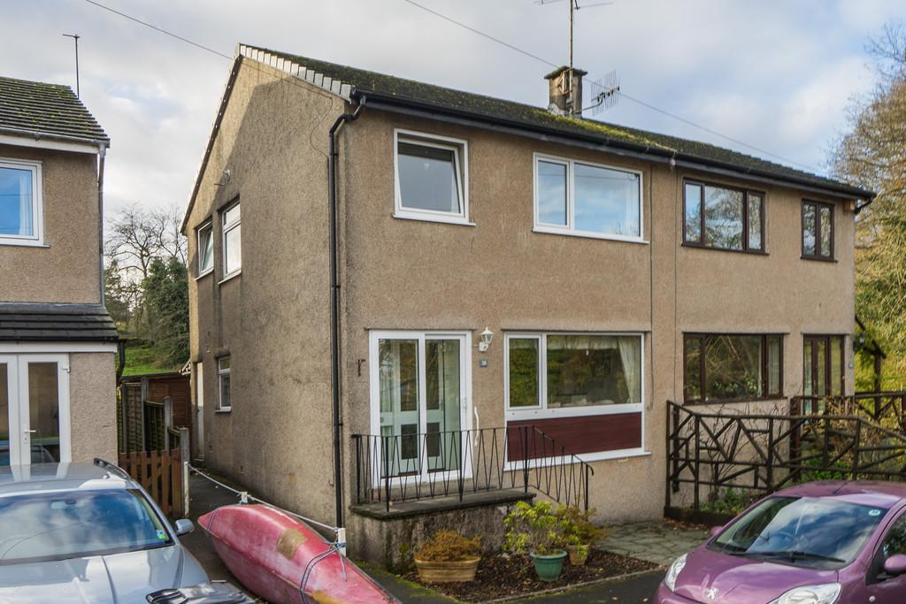 3 Bedrooms Semi Detached House for sale in 38 Victoria Road North, Windermere, Cumbria, LA23 2DS