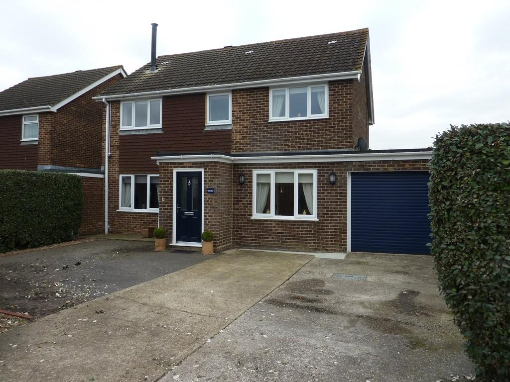 4 Bedrooms House for sale in Weavers Close, Staplehurst