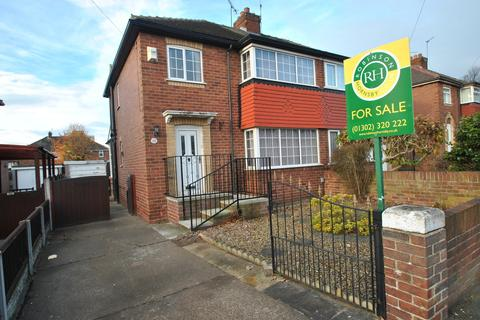 3 bedroom semi-detached house for sale - Malton Road, Intake, Doncaster