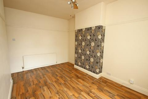 1 bedroom apartment to rent - Flixton Road, Urmston, Manchester, M41