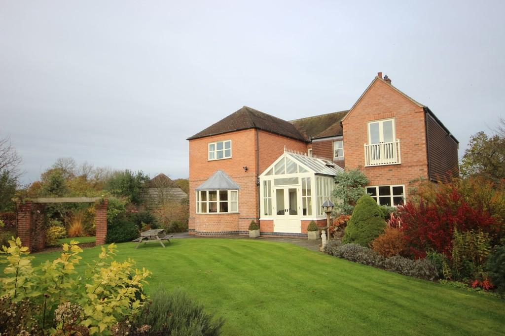 4 Bedrooms Detached House for sale in Grangewood Road, Netherseal