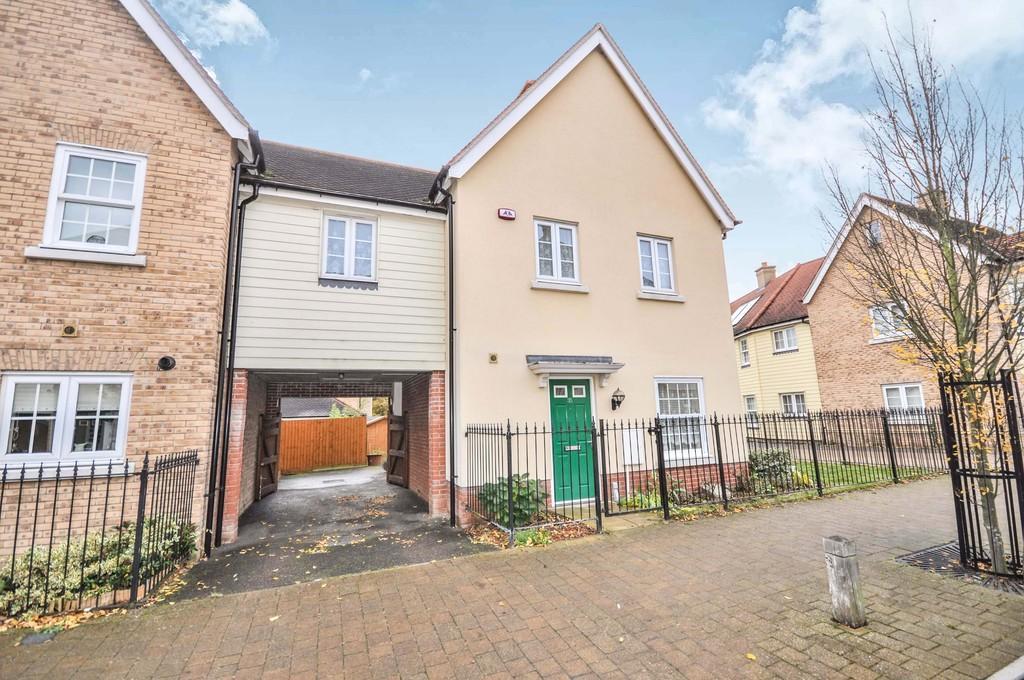 3 Bedrooms Link Detached House for sale in Meander Mews, Colchester, CO1 1QD