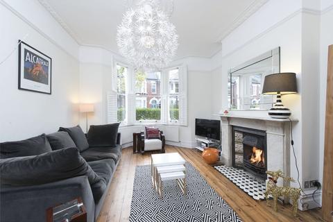 4 bedroom terraced house to rent - Keildon Road, SW11