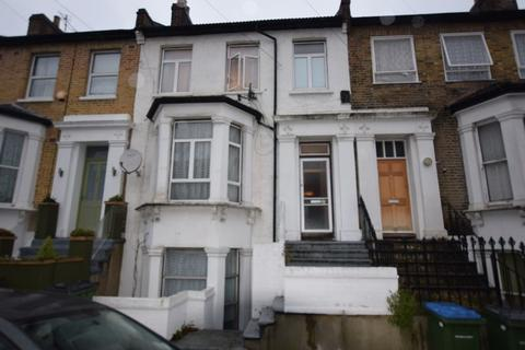 4 bedroom townhouse for sale - Elmdene Road, London